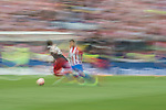 Yeray Alvarez Lopez (L) of Athletic Club fights for the ball with Kevin Gameiro (R) of Atletico de Madrid during their La Liga match between Atletico de Madrid vs Athletic de Bilbao at the Estadio Vicente Calderon on 21 May 2017 in Madrid, Spain. Photo by Diego Gonzalez Souto / Power Sport Images