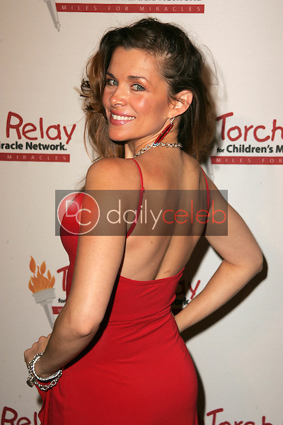 Alicia Arden<br /> at the Children's Miracle Network Torch Relay Celebration, Renaissance Hotel, Hollywood, CA 11-19-06<br /> <br /> David Edwards/DailyCeleb.Com 818-249-4998