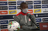 BOGOTÁ - COLOMBIA, 26-12-2020:  Adrian Ramos del América durante rueda de prensa previo al encuentro entre Independiente Santa Fe y el América de Cali por la final Vuelta como parte de la Liga BetPlay DIMAYOR 2020 en la ciudad de Bogotá. / Adrian Ramos of America during press conference prior a second leg final match between Independiente Santa Fe and America de Cali  as part of BetPlay DIMAYOR 2020 League in Bogotá city. Photo: VizzorImage / Daniel Garzón  / Contribuidor