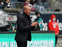 Trainer Sebastian Hoeneß (TSG 1899 Hoffenheim) applaudiert seiner Mannschaft<br /> - 03.10.2020: Fussball  Bundesliga, Saison 20/21, Spieltag 3, Eintracht Frankfurt vs. TSG 1899 Hoffenheim, emonline, emspor, v.l. Deutsche Bank Park<br /> Foto: Marc Schueler/Sportpics.de <br /> Nur für journalistische Zwecke. Only for editorial use. (DFL/DFB REGULATIONS PROHIBIT ANY USE OF PHOTOGRAPHS as IMAGE SEQUENCES and/or QUASI-VIDEO)
