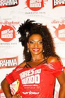 SAO PAULO, SP, 19 DE FEVEREIRO 2012 - CAMAROTE BAR BRAHMA - Valquiria Ribeiro e vista no Camarote Bar Brahma, no primeiro dia de desfiles do Grupo Especial do Carnaval de Sao Paulo, na madrugada deste domingo, 19 no Sambodromo do Anhembi regiao norte da capital paulista. FOTO: UINY MIRANDA - BRAZIL PHOTO PRESS).