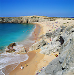 Frankreich, Bretagne, Département Morbihan, Quiberon Halbinsel: Presqu'ile de Quiberon mit Strand Port Blanc an der Côte Sauvage | France, Brittany, Département Morbihan, Quiberon peninsula: popular beach Port Blanc and The Wild Coast