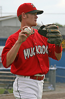 July 1, 2009:  Shortstop Ryan Jackson of the Batavia Muckdogs warms up before a game at Dwyer Stadium in Batavia, NY.  The Muckdogs are the NY-Penn League Short-Season Class-A affiliate of the St. Louis Cardinals.  Photo By Mike Janes/Four Seam Images