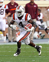 CHARLOTTESVILLE, VA- NOVEMBER 12: Running back David Wilson #4 of the Virginia Tech Hokies runs with the ball during the game against the Virginia Cavaliers on November 28, 2011 at Scott Stadium in Charlottesville, Virginia. Virginia Tech defeated Virginia 38-0. (Photo by Andrew Shurtleff/Getty Images) *** Local Caption *** David Wilson