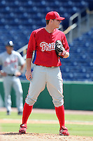 Philadelphia Phillies pitcher Justin DeFratus during an Instructional League game against the Detroit Tigers at Brighthouse Field on October 5, 2011 in Clearwater, Florida.  (Mike Janes/Four Seam Images)