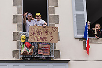 roadside cheers <br /> <br /> Stage 3 from Lorient to Pontivy (183km)<br /> 108th Tour de France 2021 (2.UWT)<br /> <br /> ©kramon