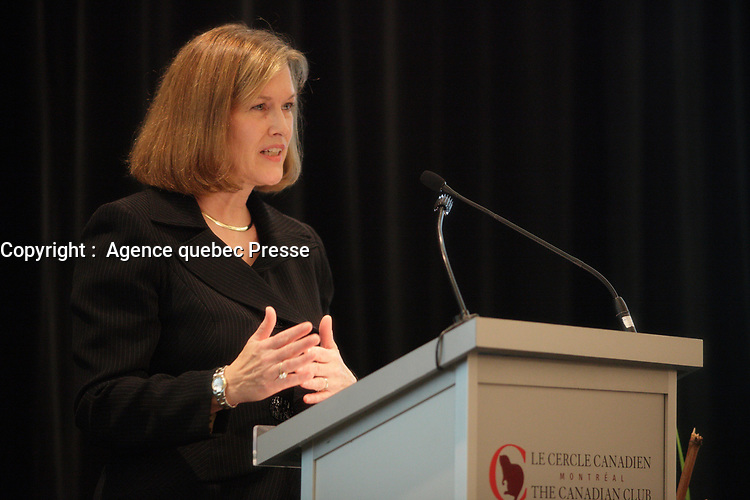 October 22 2012 - Montreal, Quebec , Canada  - Elyse Allan, President & CEO of GE Canada, at the Canadian Club of Montreal's podium.<br /> <br /> PHOTO :  Agence Quebec Presse - Pierre Roussel