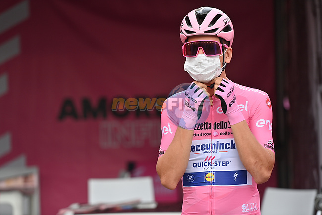 Race leader Maglia Rosa Joao Almeida (POR) Deceuninck-Quick Step at sign on before the start of Stage 5 of the 103rd edition of the Giro d'Italia 2020 running 225km from Mileto to Camigliatello Silano, Sicily, Italy. 7th October 2020.  <br /> Picture: LaPresse/Gian Mattia D'Alberto | Cyclefile<br /> <br /> All photos usage must carry mandatory copyright credit (© Cyclefile | LaPresse/Gian Mattia D'Alberto)