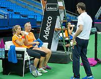 Moskou, Russia, Februari 4, 2016,  Fed Cup Russia-Netherlands,  Dutch team practise doubles   Kiki Bertens and Arantxa Rus (L) with captain Paul Haarhuis<br /> Photo: Tennisimages/Henk Koster