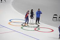 OLYMPIC GAMES: PYEONGCHANG: 17-02-2018, Gangneung Oval, Long Track, Training session, Yu-Ting Huang (TPE), Erin Jackson (USA), Ryan Shimabukuro (coach), ©photo Martin de Jong