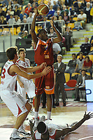 Canestro di Jarvis Varnado (RomA).Roma, 16/04/2012 PalaTiziano.Basket Campionato di Pallacanestro serie A1.Acea Roma vs Banca Tercas Teramo.Foto Insidefoto Antonietta Baldassarre