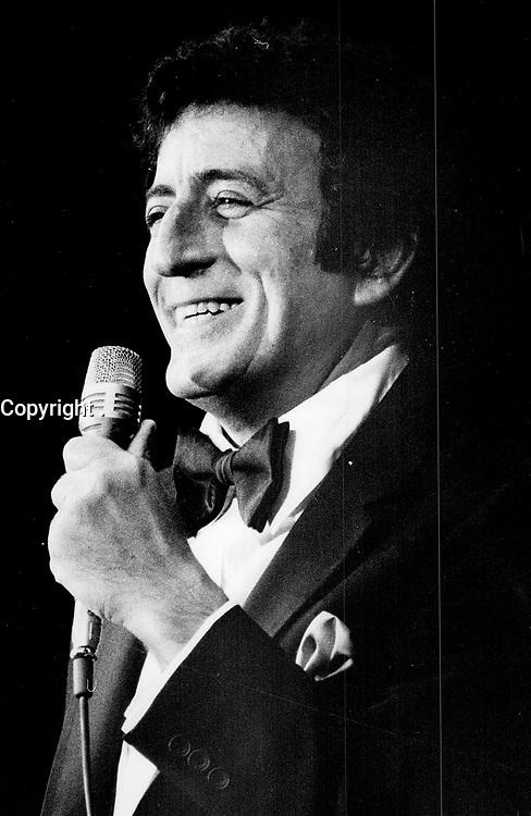 Crooner: Tony Bennett, another Imperial Room regular, 1981, Toronto<br /> <br /> <br /> PHOTO :  Griffin, Doug