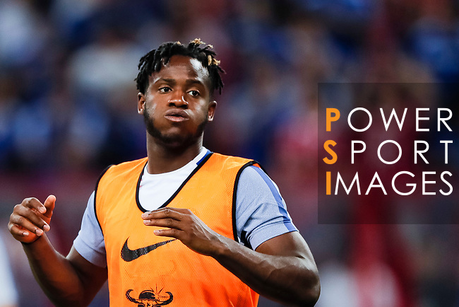 Chelsea Forward Michy Batshuayi warming up during the International Champions Cup match between Chelsea FC and FC Bayern Munich at National Stadium on July 25, 2017 in Singapore. Photo by Marcio Rodrigo Machado / Power Sport Images