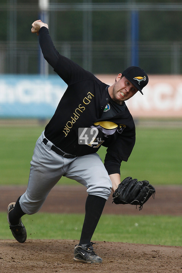 03 September 2011: Jos de Jong of L&D Amsterdam Pirates pitches against Vaessen Pioniers during game 1 of the 2011 Holland Series won 5-4 in inning number 14 by L&D Amsterdam Pirates over Vaessen Pioniers, in Hoofddorp, Netherlands.