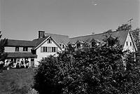 ARCHIVE -<br /> Portage, centre de cure de desintoxication<br /> <br /> 1973<br /> <br /> Photo : Agence Quebec Presse  - Alain Renaud