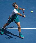 Roger Federer (SUI) defeats Phillipp Kohlschreiber (GER) 6-3, 6-4, 6-4