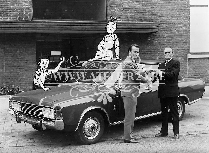 Juni 1971. Ford. Striptekenaar Willy Vandersteen.