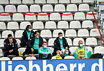 17.10.2020, Schwarzwald Stadion, Freiburg, GER, 1.FBL, SC Freiburg vs SV Werder Bremen<br /><br />im Bild / picture shows<br />Die Bremer Auswechselspieler:<br />Torwart Stefanos Kapino (Bremen), Kevin Möhwald (Bremen), Milot Rashica (Bremen), Davie Selke (Bremen), Felix Agu (Bremen), Niklas Moisander (Bremen), Ömer Toprak (Bremen), Tahith Chong (Bremen), Christian Groß (Bremen)<br /><br />Foto © nordphoto / Bratic<br /><br />DFL REGULATIONS PROHIBIT ANY USE OF PHOTOGRAPHS AS IMAGE SEQUENCES AND/OR QUASI-VIDEO.