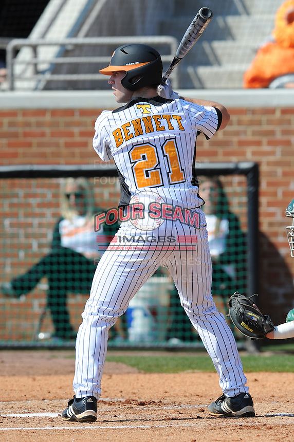 Ethan Bennett #21 of the Tennessee Volunteers waits on a pitch at Lindsey Nelson Stadium against the the Manhattan Jaspers on March 12, 2011 in Knoxville, Tennessee.  Tennessee won the first game of the double header 11-5.  Photo by Tony Farlow / Four Seam Images..