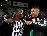 Calcio, Serie A: Fiorentina vs Juventus. Firenze, stadio Artemio Franchi, 24 aprile 2016.<br /> Juventus' Paul Pogba, left, and Roberto Pereyra celebrate at the end of the Italian Serie A football match between Fiorentina and Juventus at Florence's Artemio Franchi stadium, 24 April 2016. Juventus won 2-1.<br /> UPDATE IMAGES PRESS/Isabella Bonotto