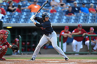 Tampa Yankees shortstop Vicente Conde (28) at bat during a game against the Clearwater Threshers on April 21, 2015 at Bright House Field in Clearwater, Florida.  Clearwater defeated Tampa 3-0.  (Mike Janes/Four Seam Images)