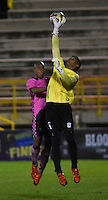 TUNJA - COLOMBIA -18 -07-2016: Cristian Vaquero  (Izq.) jugador de Boyaca Chico FC disputa el balón con Sebastian Lopez (Der.) jugador de Jaguares FC, durante partido Boyaca Chico FC y Jaguares FC, de la fecha 4 de la Liga Aguila II-2016, jugado en el estadio La Independencia de la ciudad de Tunja. / Cristian Vaquero (L) player of Boyaca Chico FC vies for the ball with Sebastian Lopez (R) jugador of Jaguares FC, during a match Boyaca Chico FC and Jaguares FC, for the date 4 of the Liga Aguila II-2016 at the La Independencia  stadium in Tunja city, Photo: VizzorImage  / Cesar Melgarejo / Cont.