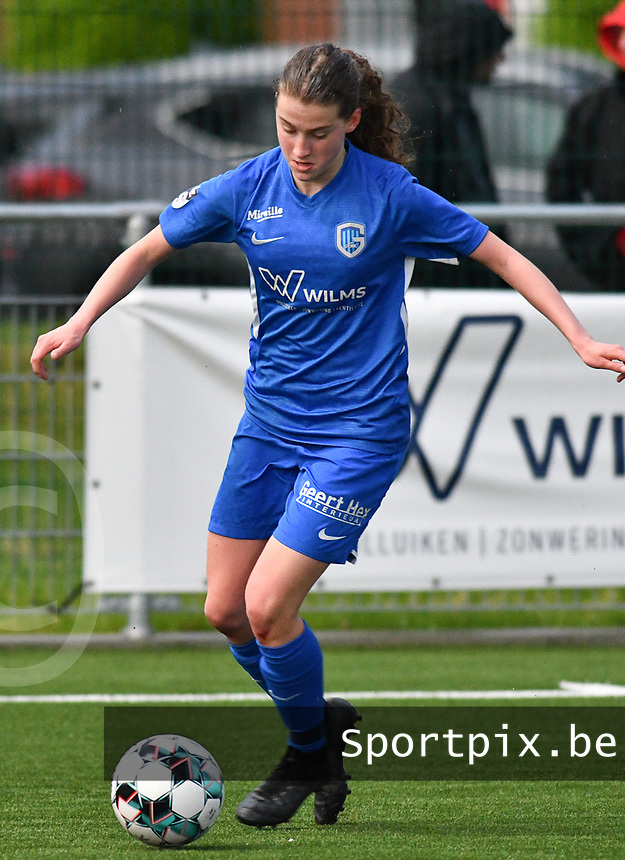 pictured during a female soccer game between  Racing Genk Ladies and SV Zulte-Waregem on the 7 th matchday of play off 2 in the 2020 - 2021 season of Belgian Scooore Womens Super League , friday 14 th of May 2021  in Genk , Belgium . PHOTO SPORTPIX.BE | SPP | JILL DELSAUX