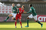 22.11.2020, Dietmar-Scholze-Stadion an der Lohmuehle, Luebeck, GER, 3. Liga, VfB Luebeck vs FC Bayern Muenchen II <br /> <br /> im Bild / picture shows <br /> Marvin Thiel (VfB Luebeck) im Zweikampf gegen Nicolas Kühn/Kuehn (FC Bayern Muenchen II), rechts lauert Osarenren Okungbowa (VfB Luebeck) <br /> <br /> DFB REGULATIONS PROHIBIT ANY USE OF PHOTOGRAPHS AS IMAGE SEQUENCES AND/OR QUASI-VIDEO.<br /> <br /> Foto © nordphoto / Tauchnitz