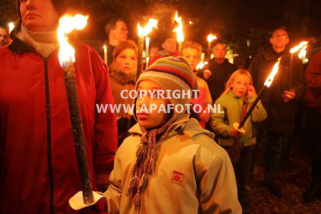 Nijmegen, 171105<br />Wake slachtoffers Schipholbrand, in het begin twee minuten stilte vanwege de moord op Louis Severe. <br />Foto: Sjef Prins - APA Foto