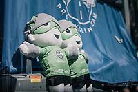 2 days in green already for Team Quickstep Floors<br /> <br /> 104th Tour de France 2017<br /> Stage 5 - Vittel › La Planche des Belles Filles (160km)