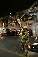 2009 10 20 DIS - CAFE CLEOPATRE - Incendie suspect