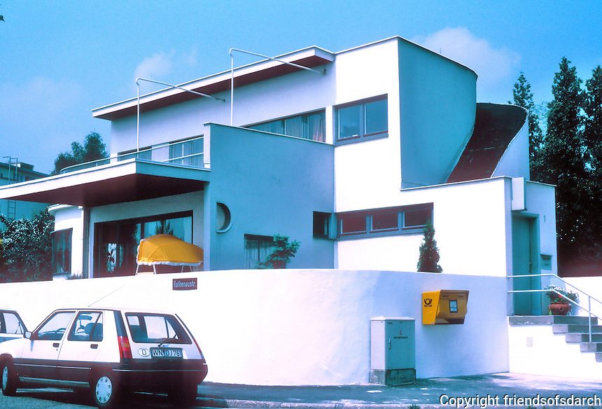 Stuttgart: Weissenhofsiedlung. Hans Scharoun, single family house, Rathenaurstr.