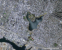 aerial photograph of Oakland, California, 2009; for current aerial maps of Oakland please contact Aerial Archives
