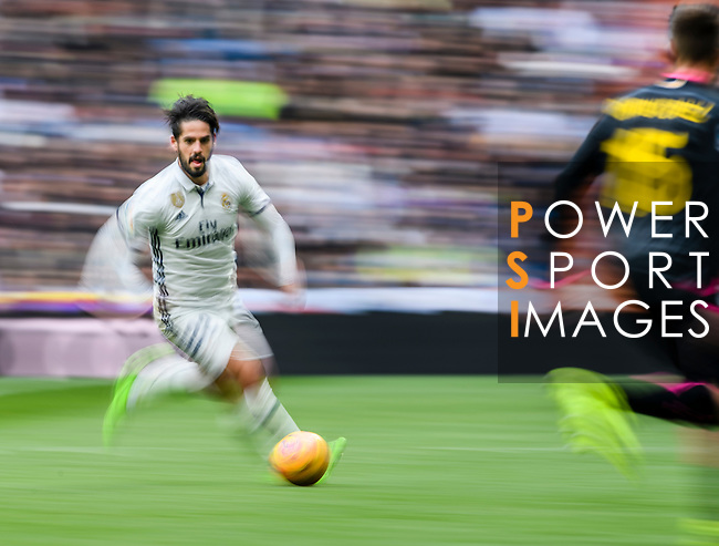 Isco Alarcon of Real Madrid runs during the match Real Madrid vs RCD Espanyol, a La Liga match at the Santiago Bernabeu Stadium on 18 February 2017 in Madrid, Spain. Photo by Diego Gonzalez Souto / Power Sport Images