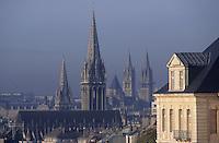 Europe/France/Normandie/Basse-Normandie/14/Calvados/Caen: Les clochers de la ville vu depuis l'Abbaye-aux-Dames