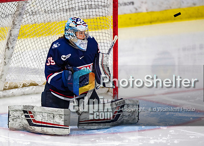 8 February 2020: University of Connecticut Husky Goaltender Samantha Carpentier-Yelle, a Sophomore from Bromont, Quebec, makes a third period save against the University of Vermont Catamounts at Gutterson Fieldhouse in Burlington, Vermont. The Huskies defeated the Lady Cats 4-2 in the first game of their weekend Hockey East series. Mandatory Credit: Ed Wolfstein Photo *** RAW (NEF) Image File Available ***