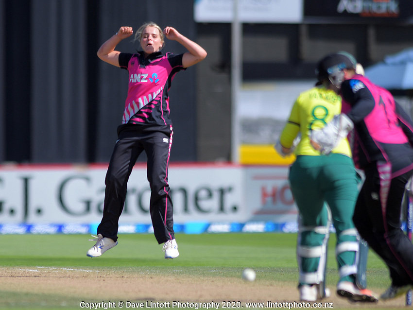 NZ's Jess Kerr watches her delivery during the International Women's Twenty20 Cricket match between the New Zealand White Ferns and South Africa Proteas at Basin Reserve in Wellington, New Zealand on Sunday, 9 February 2020. Photo: Dave Lintott / lintottphoto.co.nz