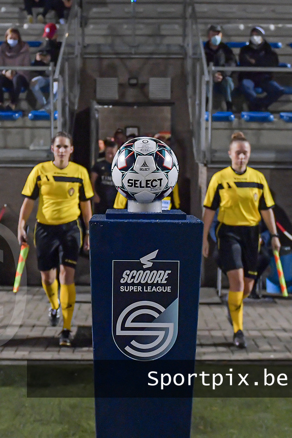 Entering the field - matchball pictured before a female soccer game between  Racing Genk Ladies and Oud Heverlee Leuven on the fourth matchday of the 2020 - 2021 season of Belgian Scooore Womens Super League , friday 9 th of October 2020  in Genk , Belgium . PHOTO SPORTPIX.BE | SPP | STIJN AUDOOREN