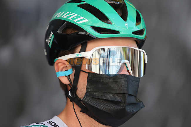 Maximilian Schachmann (GER) Bora-Hansgrohe at sign on before Stage 8 of Paris-Nice 2021, running 92.7km from Le Plan-du-Var to Levens, France. 14th March 2021.<br /> Picture: ASO/Fabien Boukla | Cyclefile<br /> <br /> All photos usage must carry mandatory copyright credit (© Cyclefile | ASO/Fabien Boukla)