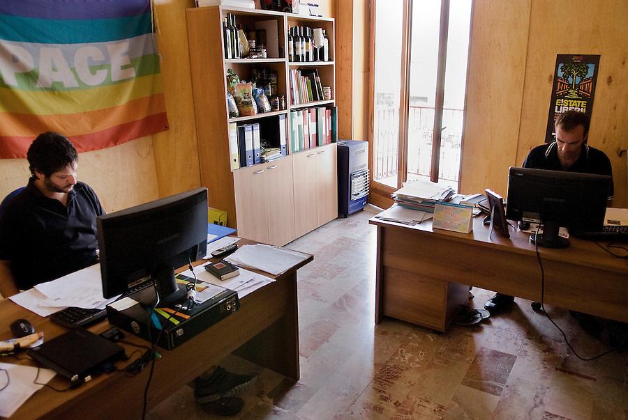 The headquarters of the Libera Terra cooperatives in San Giuseppe Jato, Sicily. / La sede delle cooperative di Libera terra a San Giuseppe Jato.