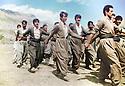 Iran 1989.Training of PUK peshmergas in Dizli.Irak 1989.Entrainement des peshmergas de l'UPK a Dizli