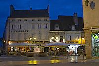 petite place carnot beaune cote de beaune burgundy france