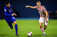 09.11.2017, Maksimir Stadium, Zagreb, CRO, FIFA WM 2018 Qualifikation, Kroatien vs Griechenland, Playoff Runde, Hinspiel, im Bild Ivan Perisic of Croatia and Andreas Samaris of Greece // during the playoff round of European qualifiers of FIFA World Cup WM Weltmeisterschaft Fussball 2018, 1st leg match between Croatia and Greece at the Maksimir Stadium in Zagreb, Croatia on 2017/11/09. Zagreb *** 09 11 2017 Maksimir Stadium Zagreb CRO FIFA World Cup 2018 Qualifying Croatia vs Greece Playoff Round First leg in the match Ivan Perisic of Croatia and Andreas Samaris of Greece during the FIFA World Cup 2018 playoff round Stage in Zagreb Croatia on 2017 11 09 Zagreb PUBLICATIONxNOTxINxAUT EP_slo   <br /> Foto Insidefoto