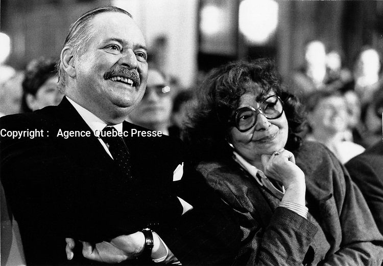 Montreal (Qc) CANADA, January 19, 1985 File Photo <br /> <br />  Jacques Parizeau is elected  Parti Quebecois new Leader.<br /> On his right  : his 1st wife writer Alice Parizeau.<br /> <br /> Photo by Pierre Roussel / Images Distribution