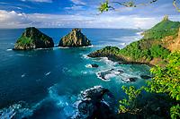 Porco's Bay and Dois Irmaos Islands, Fernando de Noronha, National Marine Sanctuary, Pernambuco, Brazil, South Atlantic Ocean