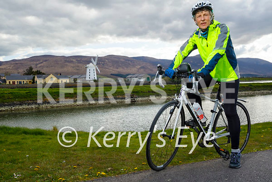 Linda Woods ready to hit the road on her 240k cycle fundraiser for Comfort for Chemo, which is going ahead on May 1st.