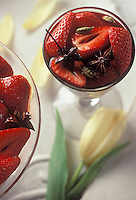 Gastronomie/Sirop de fraises à la vanille et au vin rouge