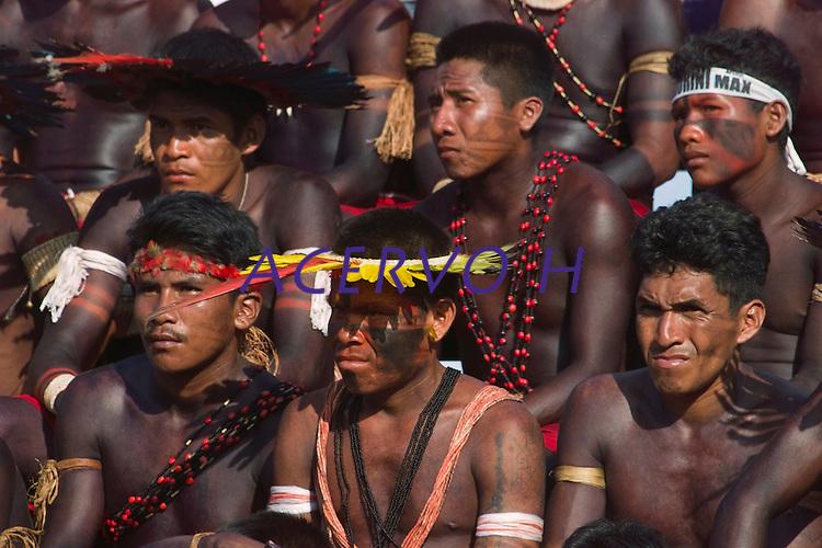 Jogos Indígenas.<br /> Tucuruí , Pará, Brasil.<br /> Foto Paulo Santos<br /> 2004