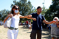 Deputy Carla Ruocco and the former deputy of Movement 5 Stars Alessandro Di Battista during a picnic at Caffarella park, in occasion of the election campaign for the new mayor of the city.<br /> Rome (Italy), September 12th 2021<br /> <br /> Photo Samantha Zucchi Insidefoto