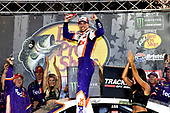 #11: Denny Hamlin, Joe Gibbs Racing, Toyota Camry FedEx Freight wins